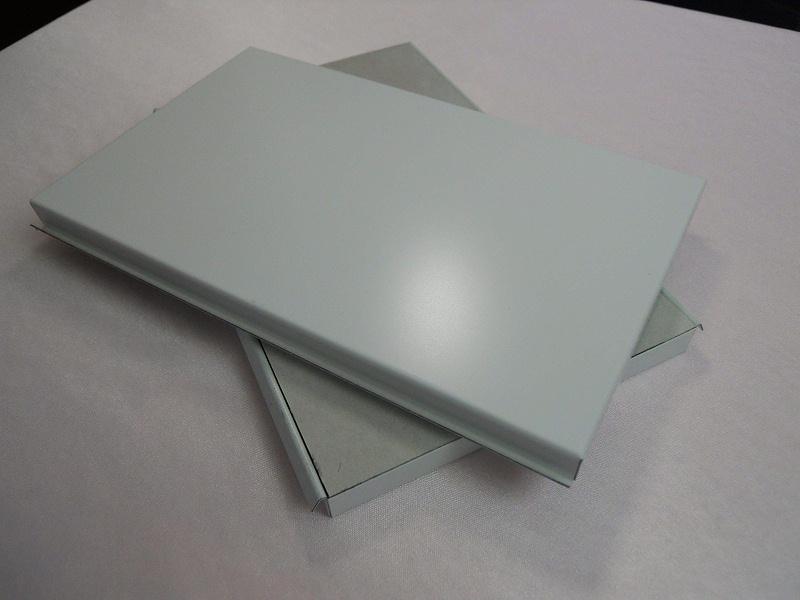 如何测试机房彩钢板机房墙板质量?