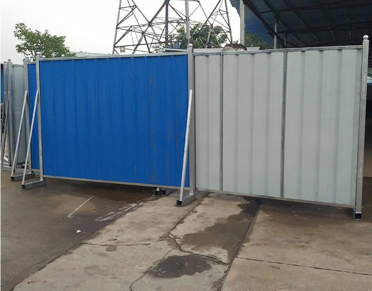 施工彩钢板围挡的安装为大家带来了什么好处?