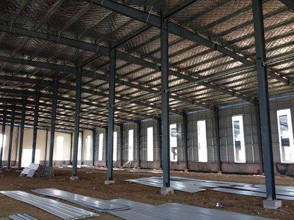 建造钢结构厂房都要用到哪些材料?