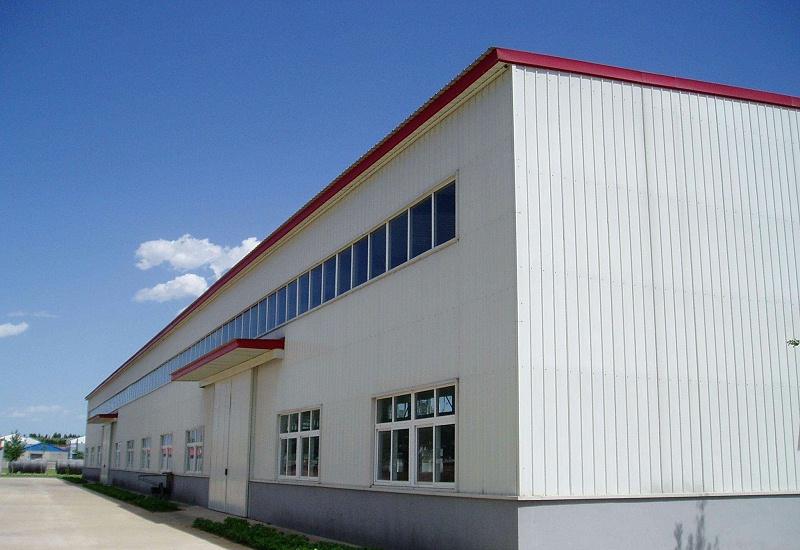 钢结构厂房在夏天的时候如何降温呢?