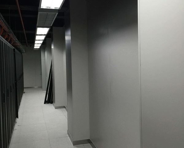 涅磐机房彩钢板安装的三个注意事项