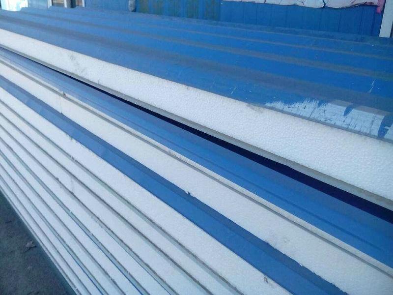 彩钢瓦屋面翻新是按什么标准定价的?