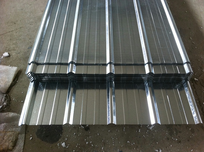 彩钢压型板和彩钢夹芯板质量之间的区别