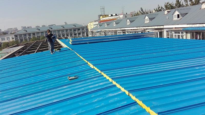 彩钢板屋顶漏水的原因是什么?