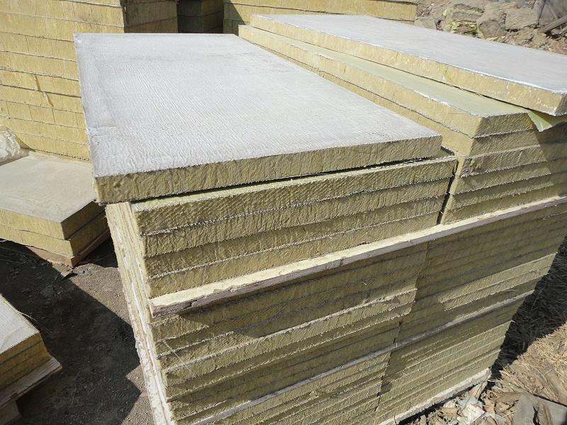 聚氨酯封边岩棉复合板粘贴注意事项